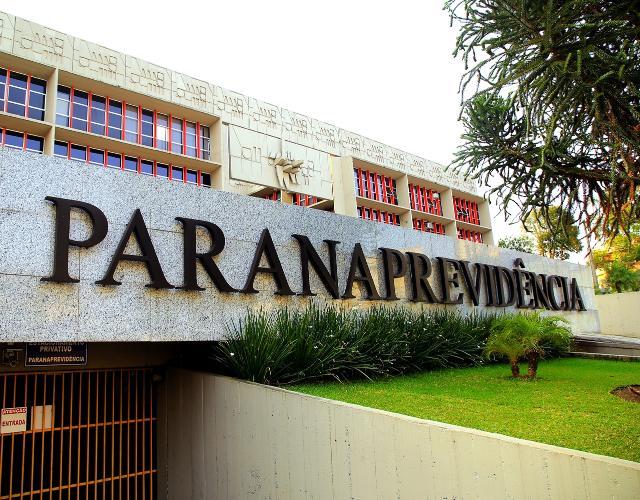 TCE-PR determina que ParanaPrevidência adote medidas para ressarcir valores pagos indevidamente
